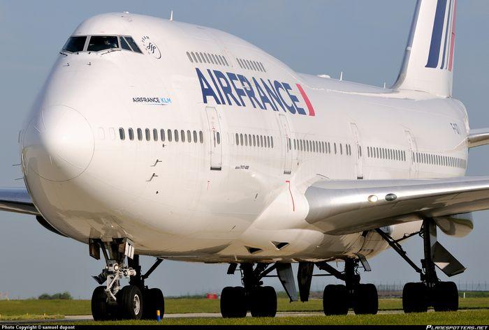 Air france и lufthansa объявили о забастовках