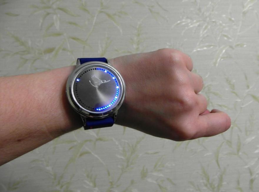 Бинарные часы на atmega32