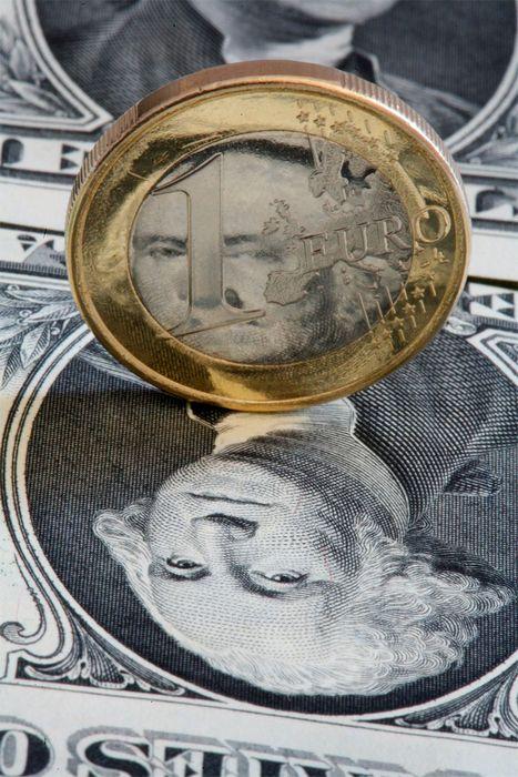 Цена на нефть выросла на фоне похолодания и падения доллара