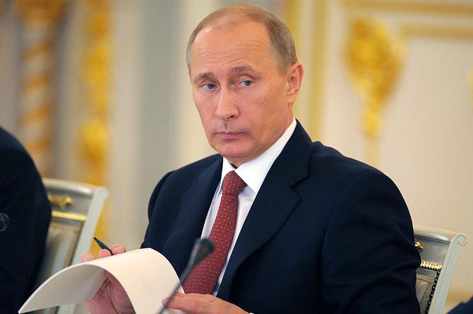 Чем занимаются помощники и советники путина, выяснила «газета.ru»