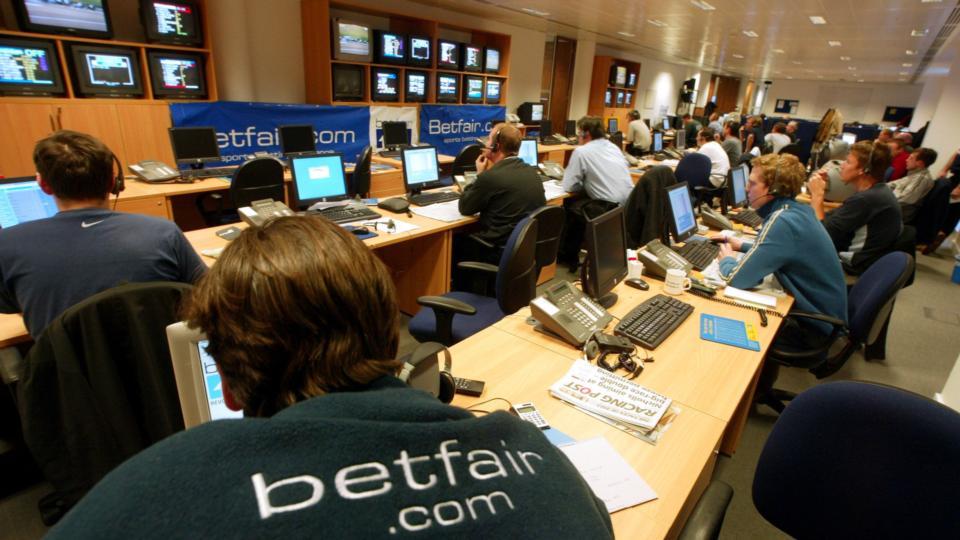 Cистемы и стратегии заработка на бирже ставок betfair