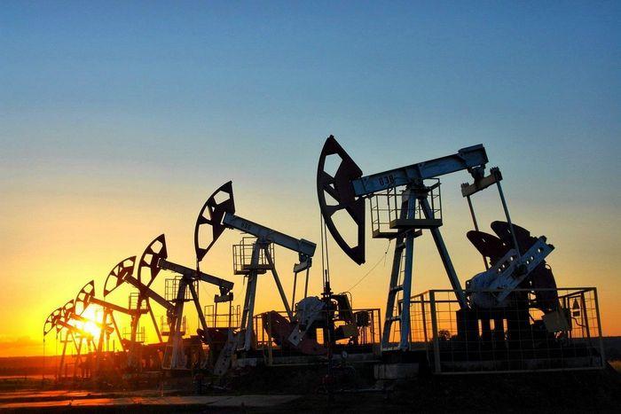 Фьючерсы на нефть марки wti растут перед данными по запасам