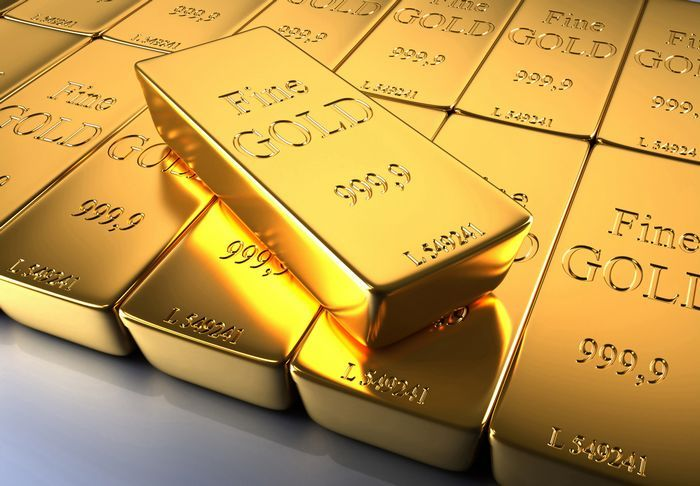 Фьючерсы на золото растут четвертый день подряд на фоне ситуации в ливии