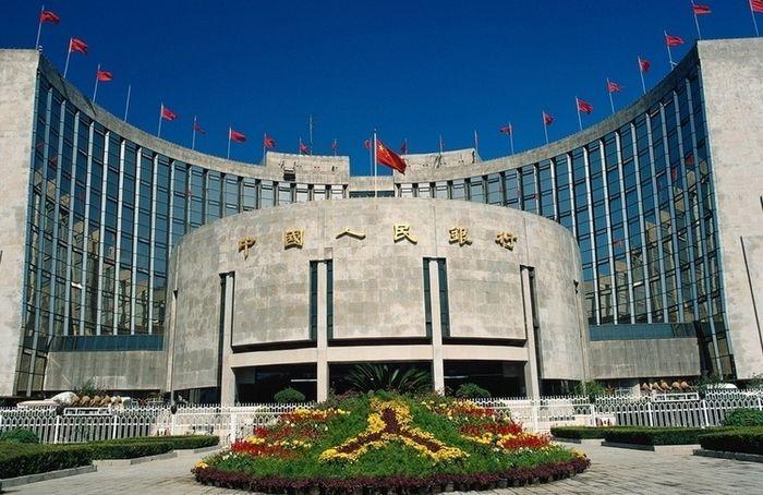 Фьючерсы на золото растут после решения китая и в ожидании переговоров по греции