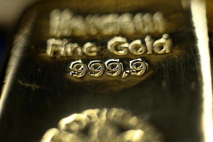 Фьючерсы на золото выросли накануне собраний ецб и фрс
