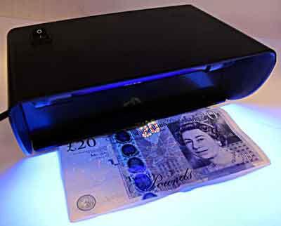 Как выбрать детектор банкнот? какой фирмы детектор банкнот не стоит покупать