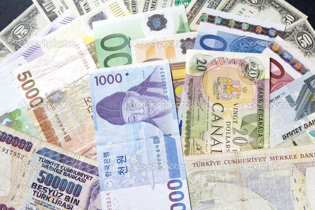 Какая валюта стабильнее