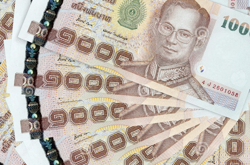 Какую валюту брать в тайланд?
