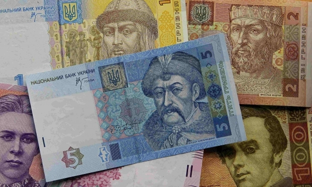 Курс гривни в этом году уже не упадет ниже 25 за доллар - аналитики