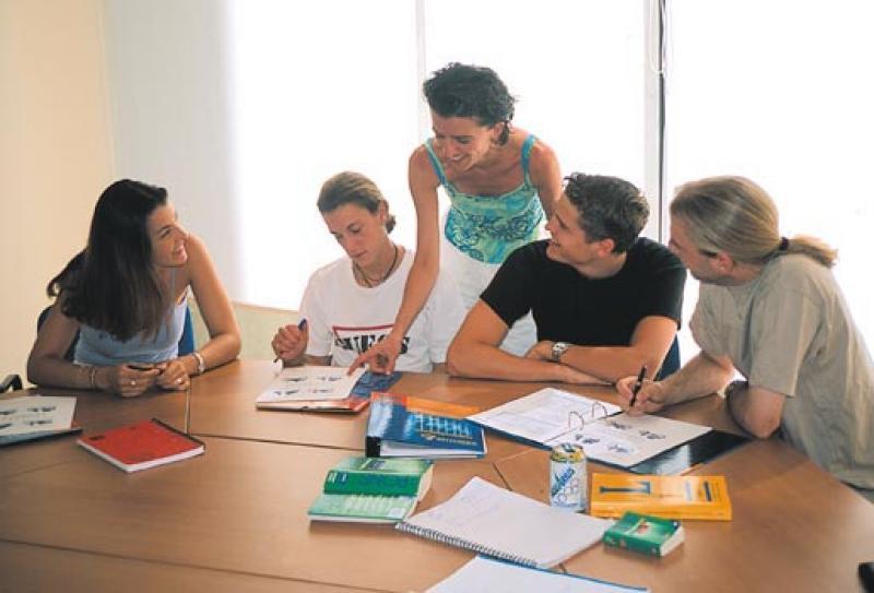 Курсы иностранного языка: как правильно организовать процесс? подписаться