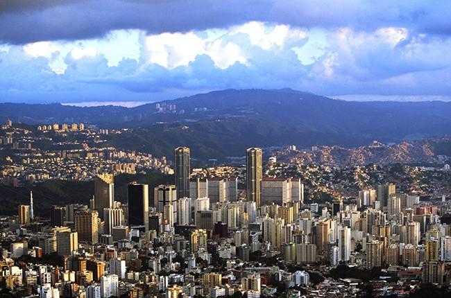 Латиноамериканские нефтедобытчики могут способствовать восстановлению баланса на рынке
