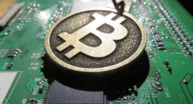 Наиболее выгодные способы добычи криптовалют. стать майнером и производить монеты на своем компьютере