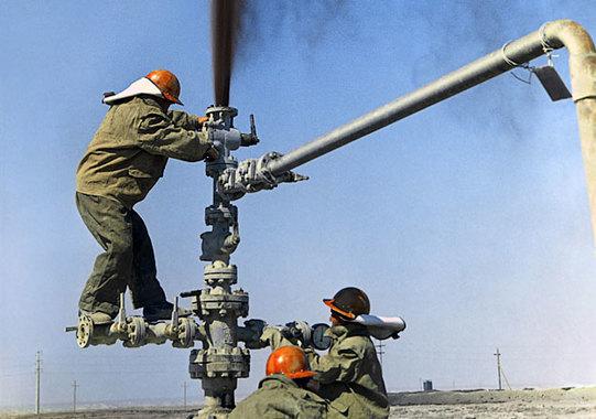 Нефть будет расти до конца недели – эксперты