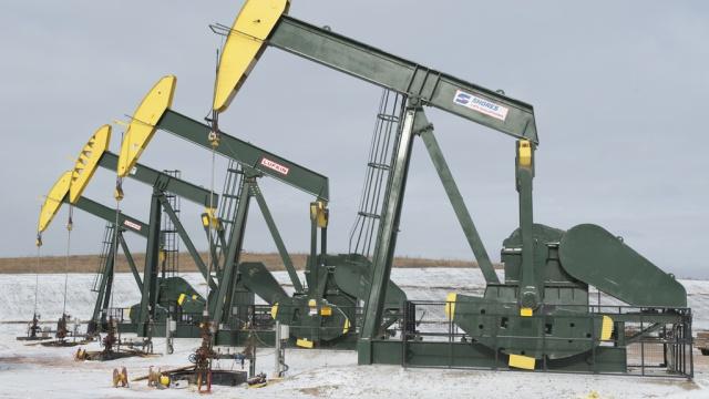 Нефть дешевеет на фоне переговоров о ядерной программе ирана