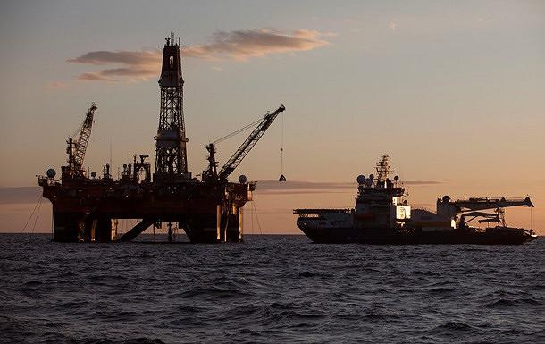 Нефть снова падает в цене на фоне перенасыщения рынка