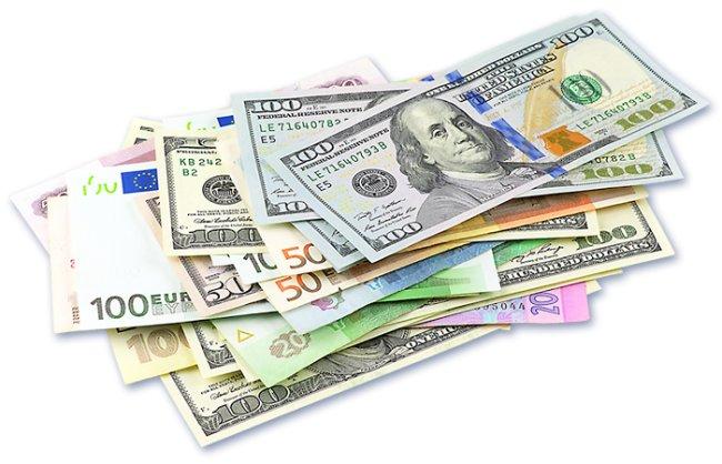 Обмен валют за границей: 10 простых советов