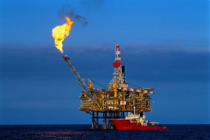 Природный газ подскочил на 2% до однонедельного максимума