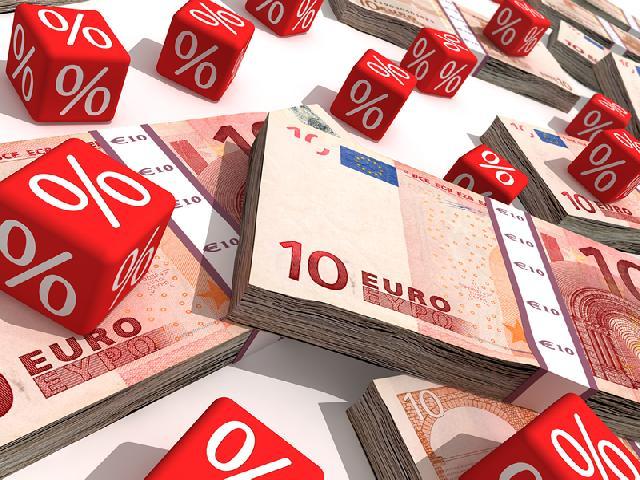 Валютный кредит что делать 2015